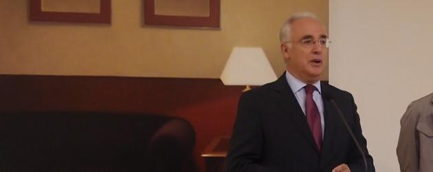 José Ignacio Ceniceros, presidente del Parlamento   Internet