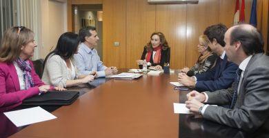María Martín con la Plataforma Sanidad Pública   Gobierno de La Rioja