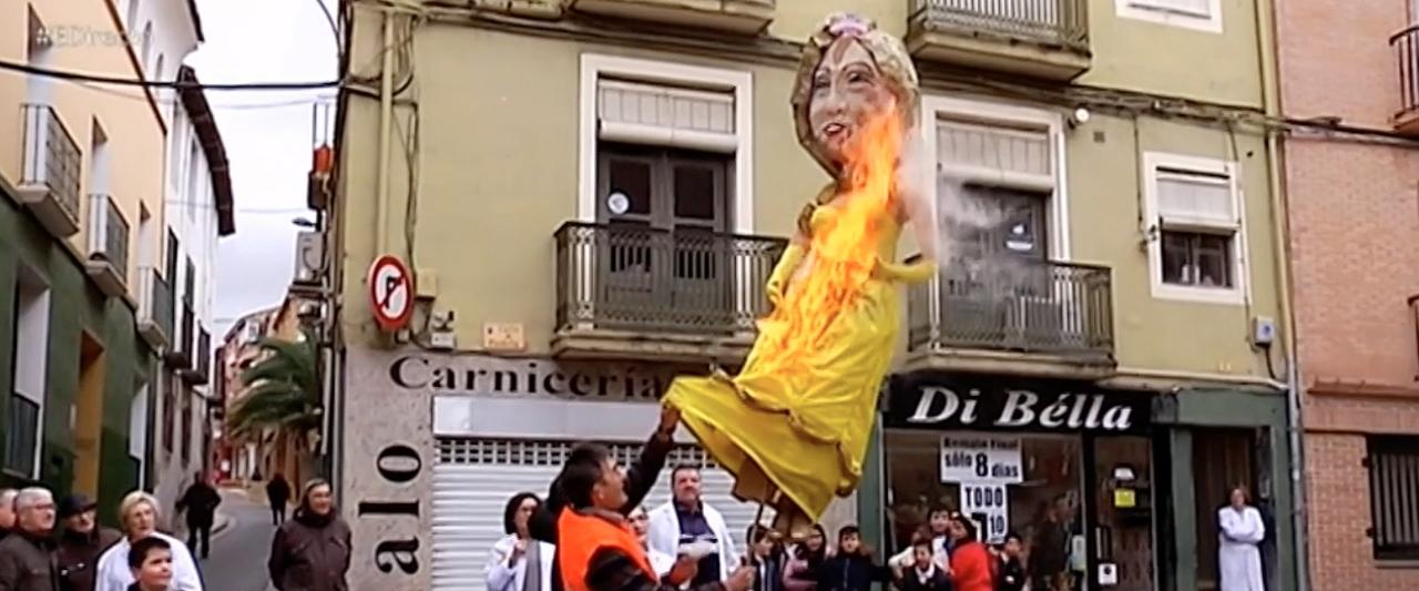 da4be6dfbf7e2 Quema Judas Alfaro España Directo ...