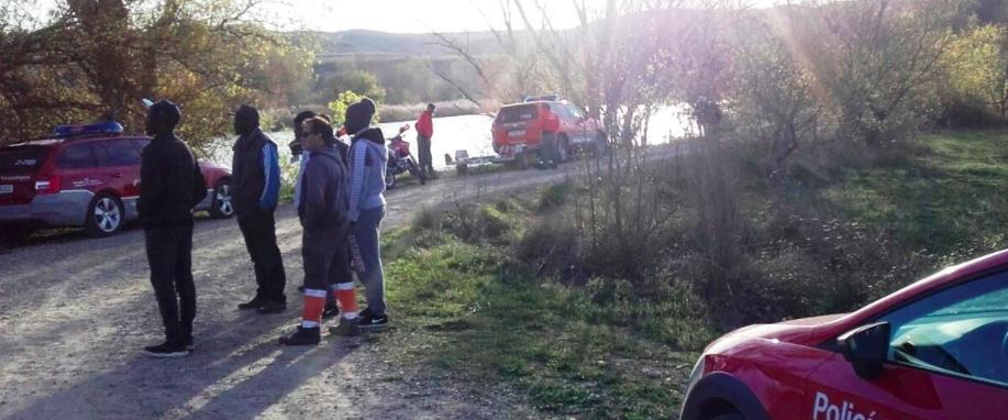 Se reanuda la búsqueda del coche caído al Ebro en Lodosa   Rioja2.com